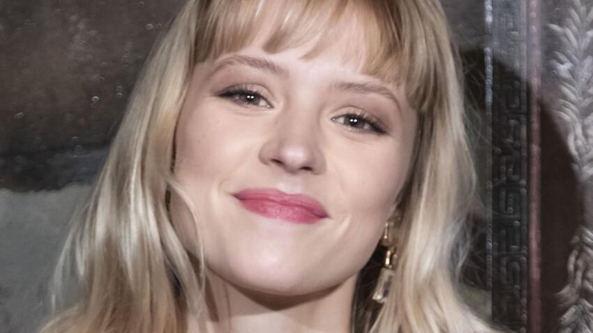Angèle : ce maquillage parfait pour un regard de biche ultra-glamour (c'est sublime)
