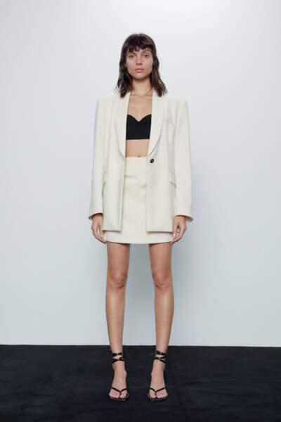 Total look blanc : l'ensemble avec jupe