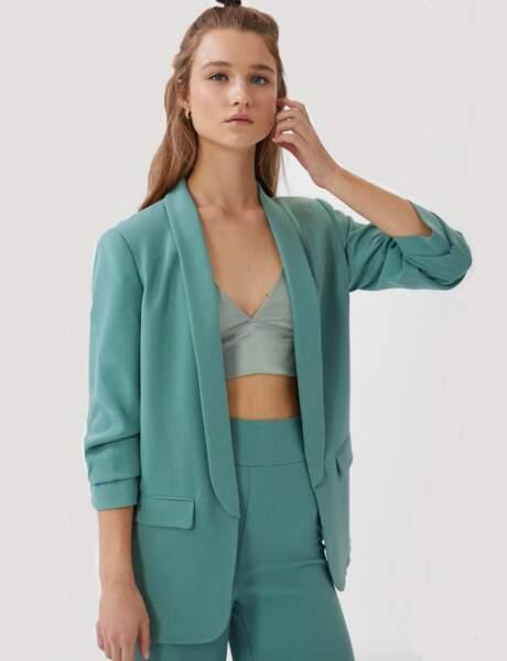 Blazer tendance : le blazer oversize turquoise à manche froncées