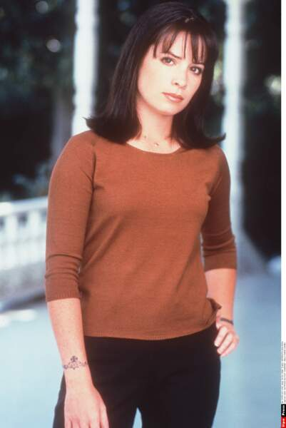 "Holly Marie Combs, alias Piper Halliwell, dans ""Charmed"" en 1998"