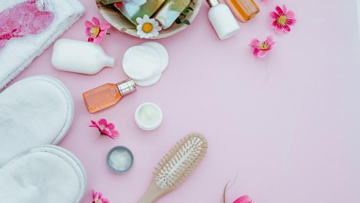 Comment bien désinfecter et nettoyer ses produits de beauté ?