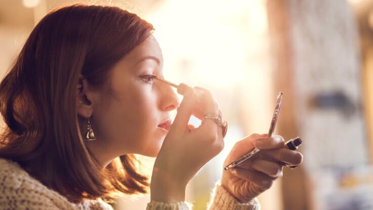 Connaissez-vous le floating liner, cette tendance maquillage qu'on verra partout cet été ?