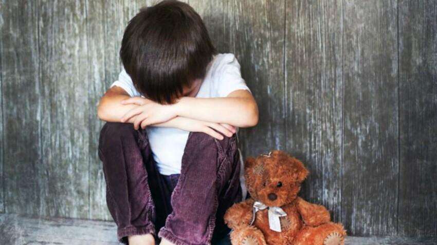 Confinement : le gouvernement alerte sur les risques de violences faites aux enfants