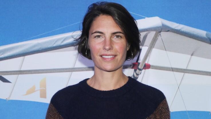 """Alessandra Sublet contrôlée à l'aéroport avec """"un énorme sextoy"""""""