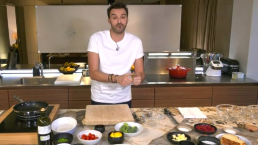"""""""Tous en cuisine"""" : la recette de la ratatouille au cumin et oeuf cassé de Cyril Lignac"""