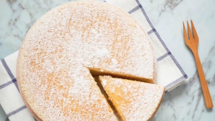 La recette surprenante du gâteau à l'eau (sans lait, sans œuf, sans beurre)
