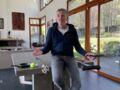 Denis Brogniart fait découvrir son salon dans le journal télévisé de TF1 (et c'est canon)