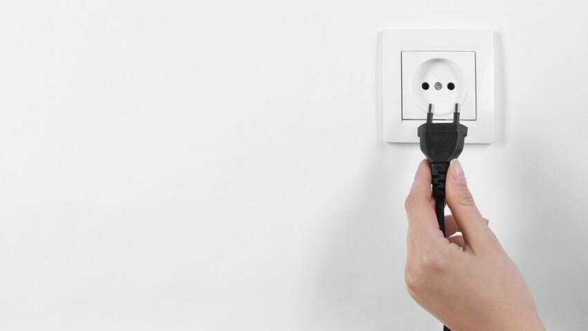 Premiers secours : électrisation, débranchez de toute urgence !