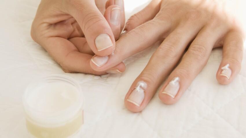 5 erreurs à ne pas faire avec ses ongles (et qu'on fait toutes)