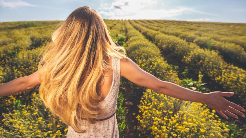Blond foncé : 20 idées de nuances pour cet été et nos conseils pour adopter la tendance