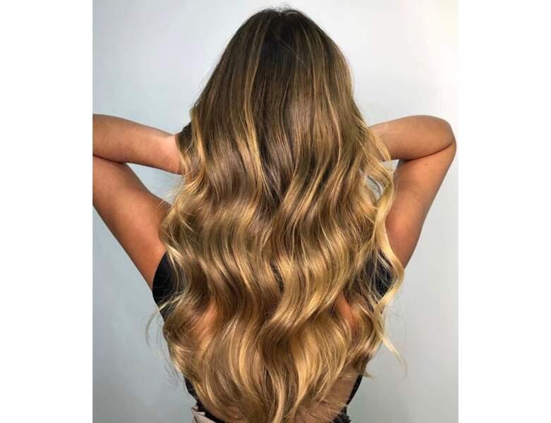 Blond foncé doré