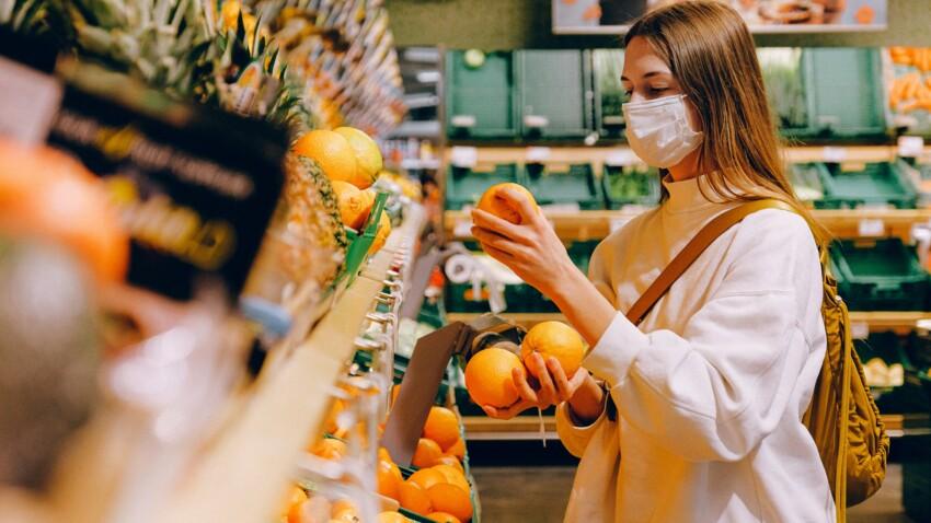 Coronavirus : une vidéo montre comment le virus peut se propager dans l'air d'un supermarché