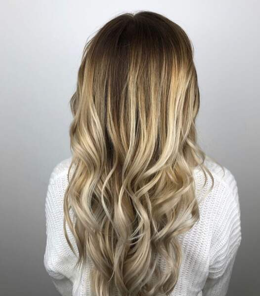 Ombré hair blond sur cheveux longs