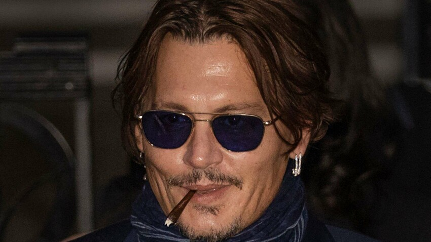 Johnny Depp confiné : pourquoi il applique les consignes d'Emmanuel Macron