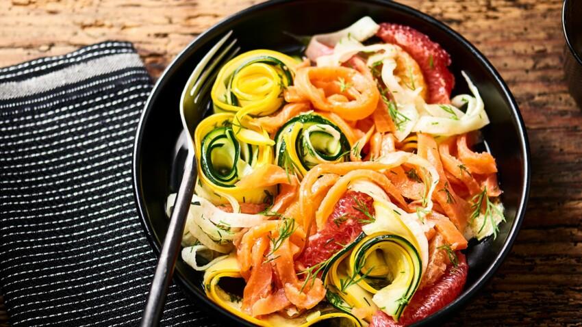 Salade estivale de truite fumée et légumes