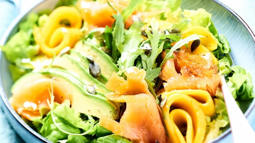 Salade fraîcheur à la truite, mangue et avocat