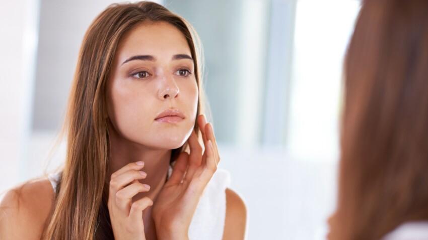 4 mauvaises habitudes beauté à bannir absolument selon les dermatologues