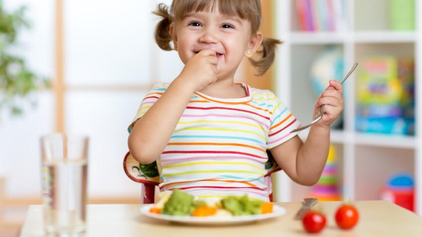 Cyril Lignac : ses 5 astuces pour faire manger des légumes aux enfants