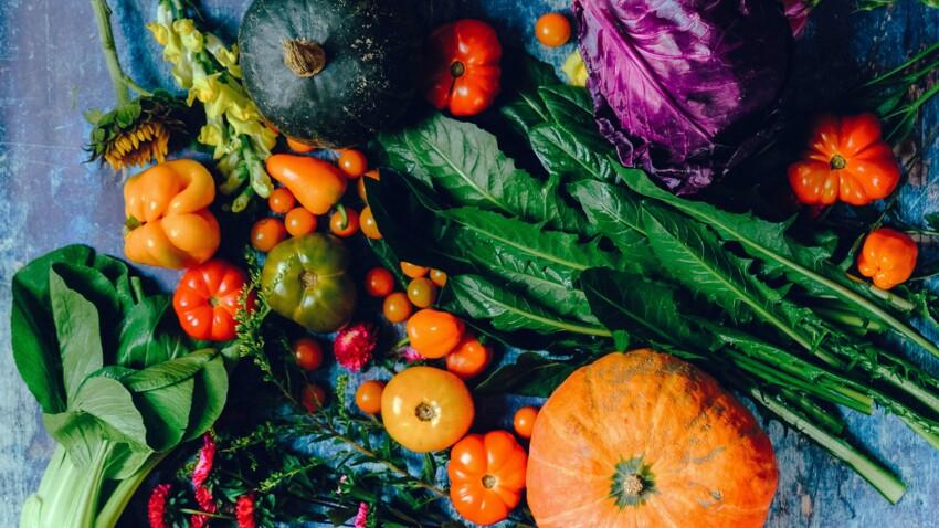 """""""Dirty dozen"""" : les 12 fruits et légumes qui contiennent le plus de pesticides après lavage"""