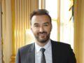 """Cyril Lignac : le chef sort un livre avec ses recettes de """"Tous en cuisine"""""""