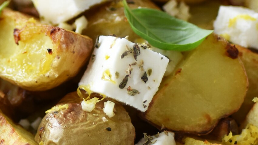 Salade de pommes de terre de primeur rôties à la grecque