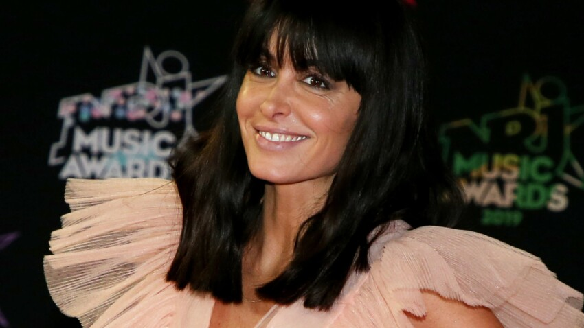 Jenifer : on adore cette nouvelle façon de coiffer son carré long (canon !)