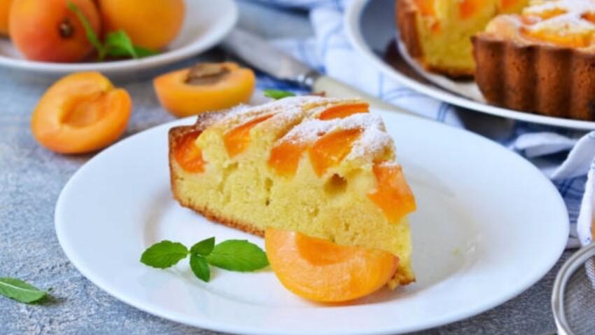 5 recettes de gâteaux moelleux à la pêche