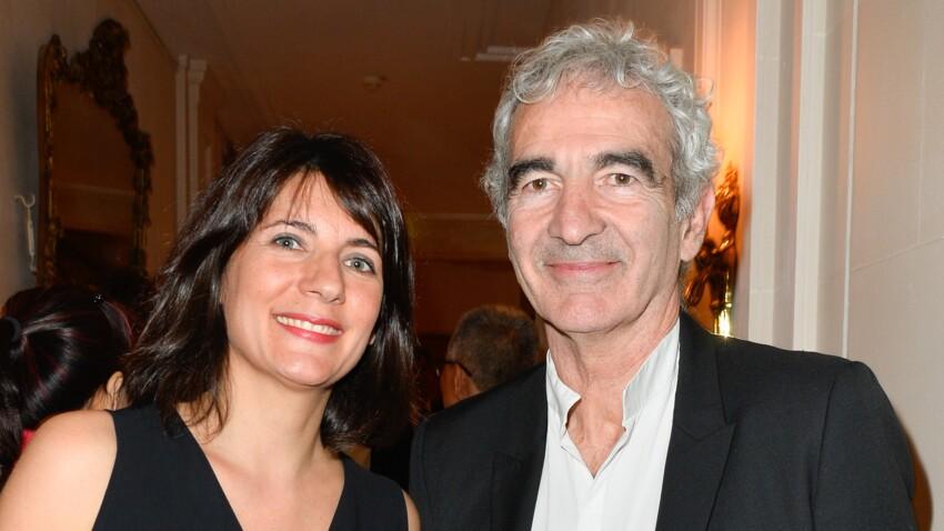 """""""Tous en cuisine"""" : Estelle Denis et Raymond Domenech présentent leur fils Merlin, sosie de son papa !"""