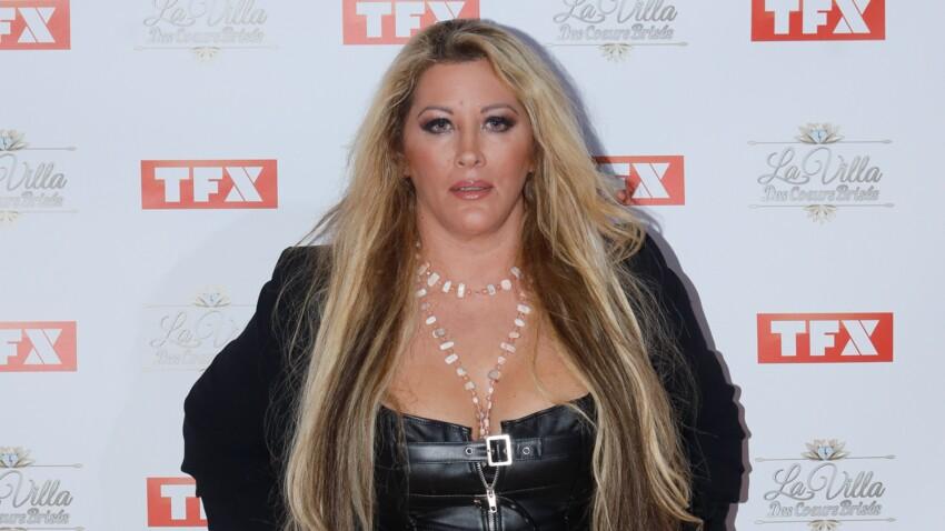 Loana, ultra-sexy : en culotte et corset cuir, elle dévoile sa poitrine... Ce cliché qui fait le buzz