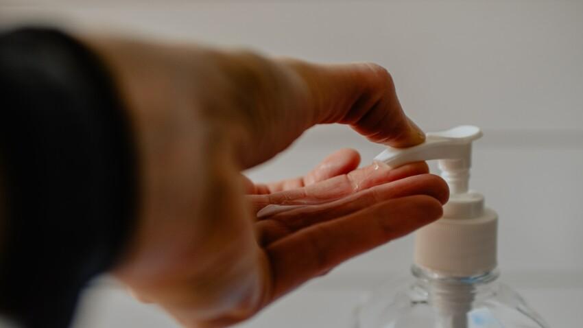Gel hydroalcoolique : la DGCCRF alerte sur un produit inefficace