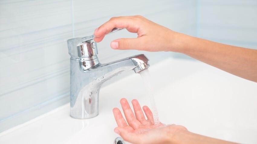 Draps, interrupteurs, robinets : avant de ressentir le moindre symptôme, les malades contaminent leur environnement