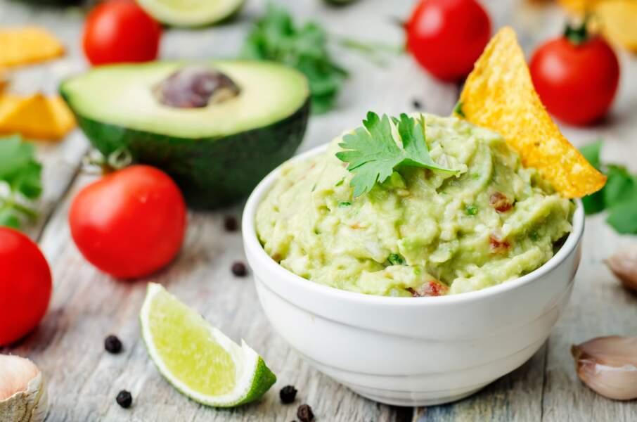 """""""Tous en cuisine"""" : la recette du guacamole épicé de Cyril Lignac"""