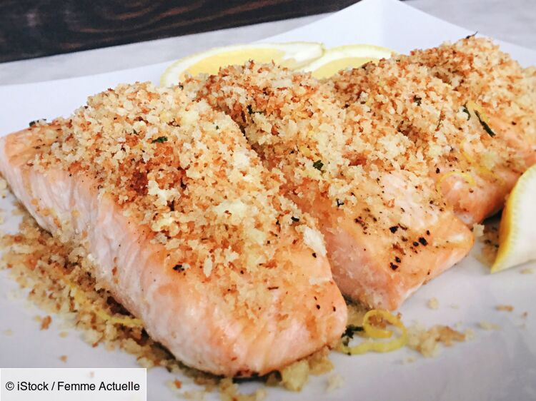 """""""Tous en cuisine"""" : la recette du saumon croustillant, riz à la mangue, vinaigrette sésame-oignon de Cyril Lignac"""