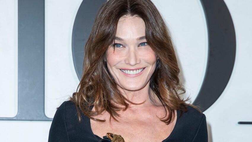 Carla Bruni : à 52 ans, elle s'affiche sans maquillage et est toujours canon !