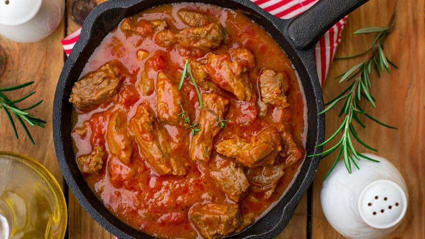 """""""Tous en cuisine"""" : la recette du mijoté de veau aux épices de Cyril Lignac"""
