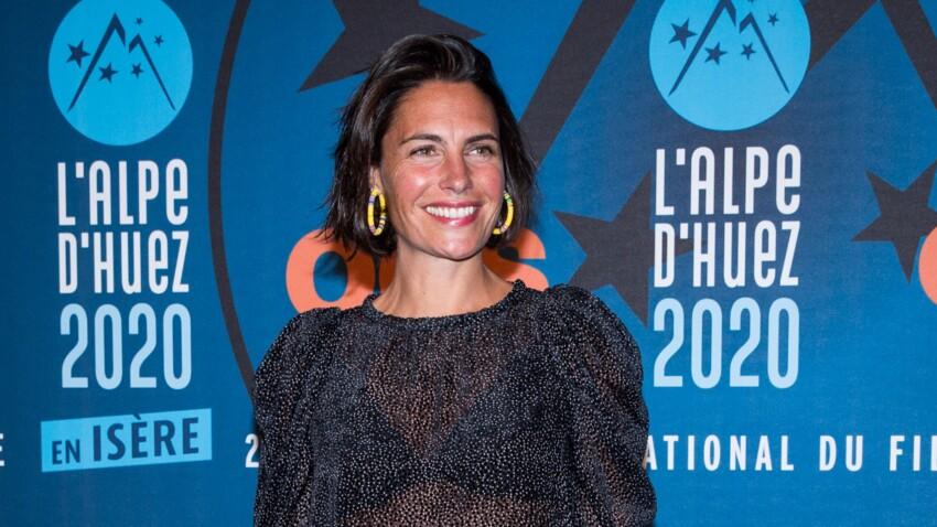 Alessandra Sublet ultra-bronzée et rides assumées : elle resplendit !