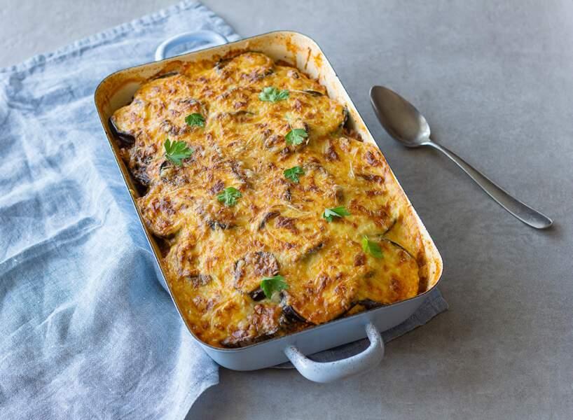 """""""Tous en cuisine"""" : la recette de la moussaka de Cyril Lignac"""