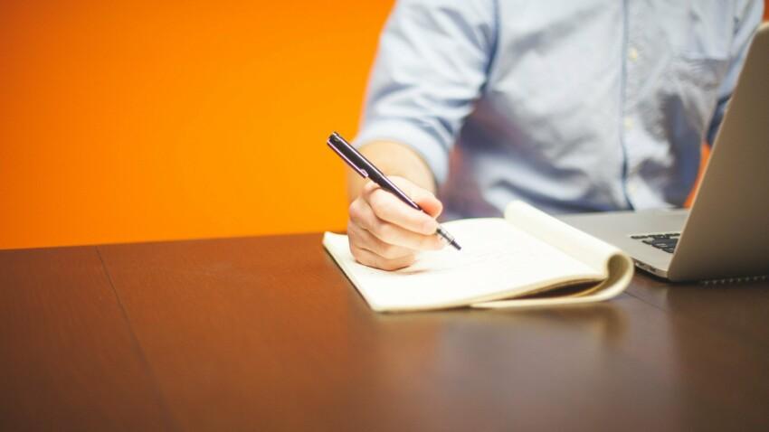 Attestation d'hébergement : tout savoir pour bien la rédiger