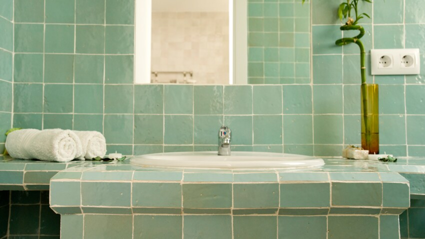Zellige : comment adopter ce carrelage de salle de bain tendance ?