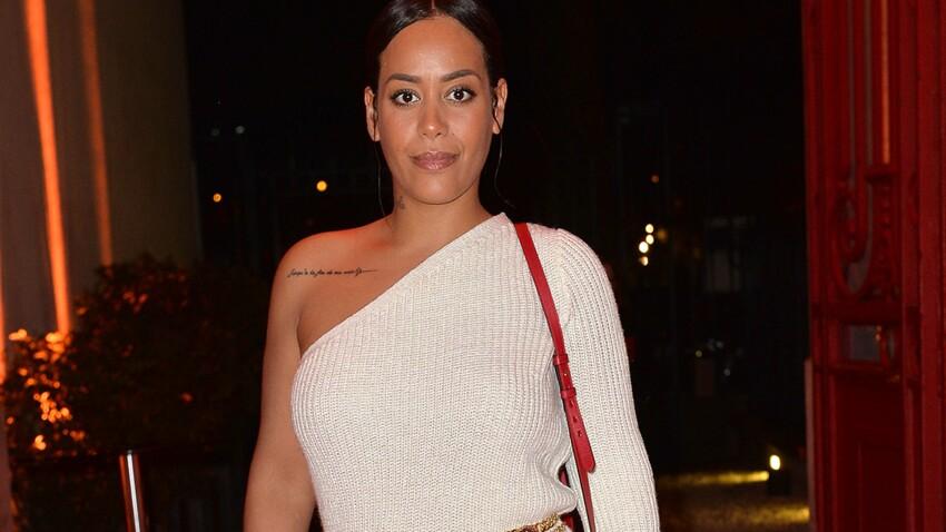 Amel Bent sexy : elle pose seins nus sous une veste pour un cliché sensuel (Wow !)