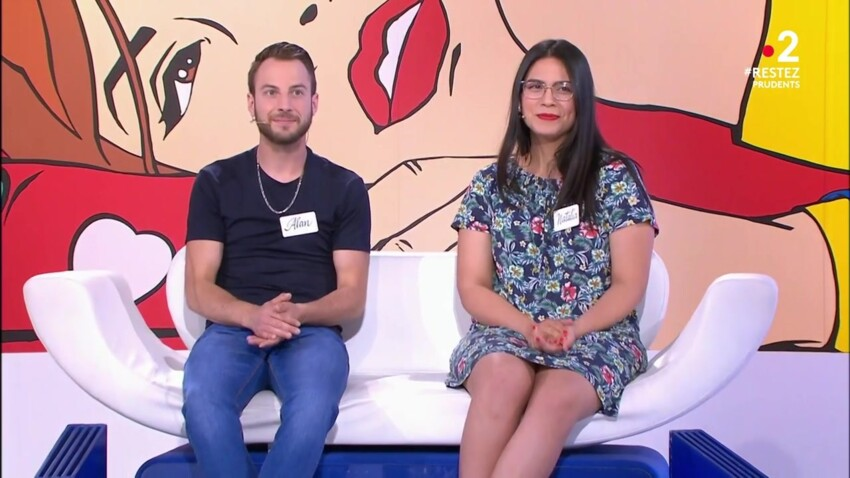 """""""Les Z'amours"""" : en couple avec son frère, une candidate surprend Bruno Guillon"""