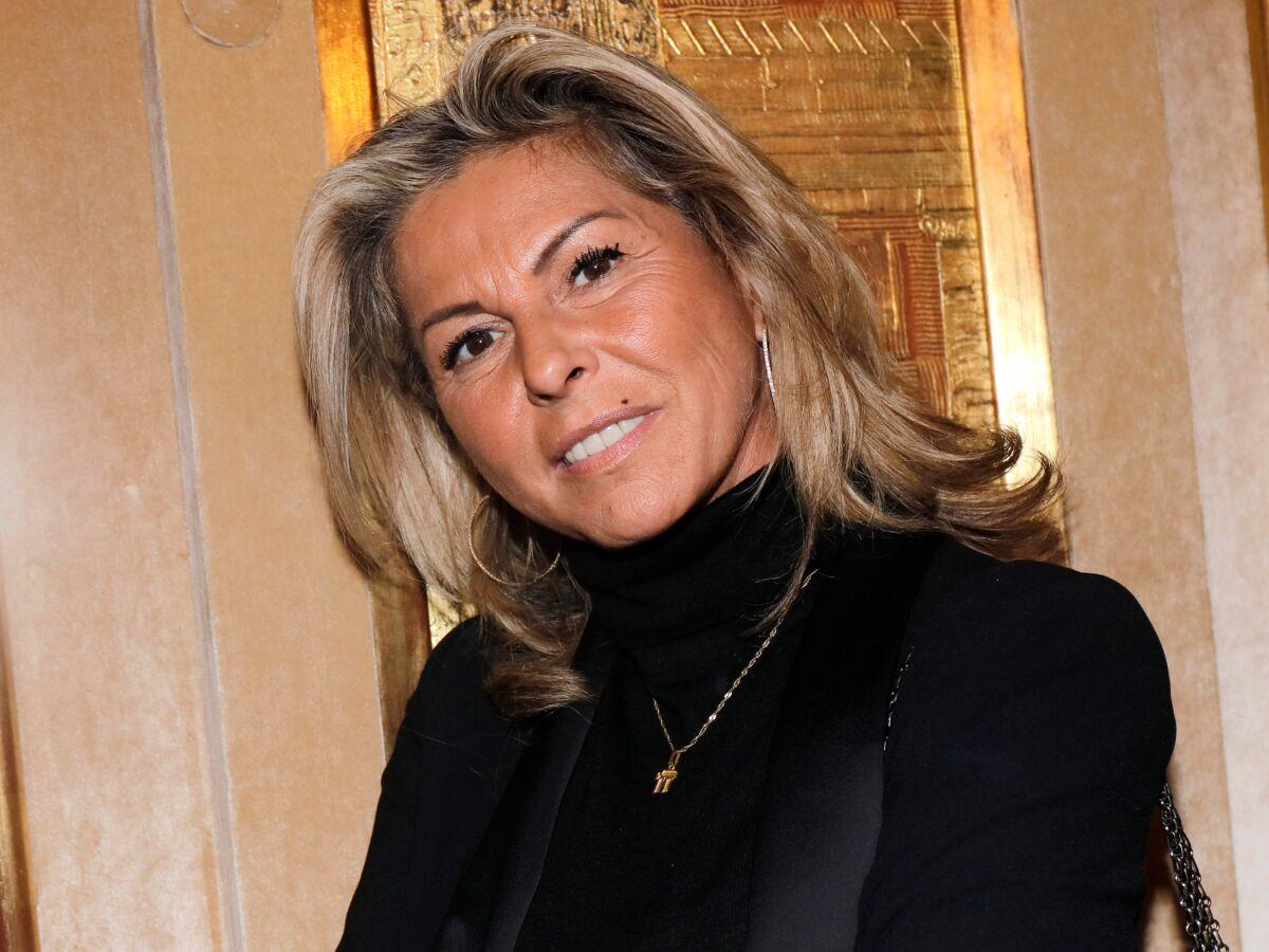 """""""Affaire conclue"""" : pourquoi Caroline Margeridon a failli quitter l'émission : Femme Actuelle Le MAG 2"""
