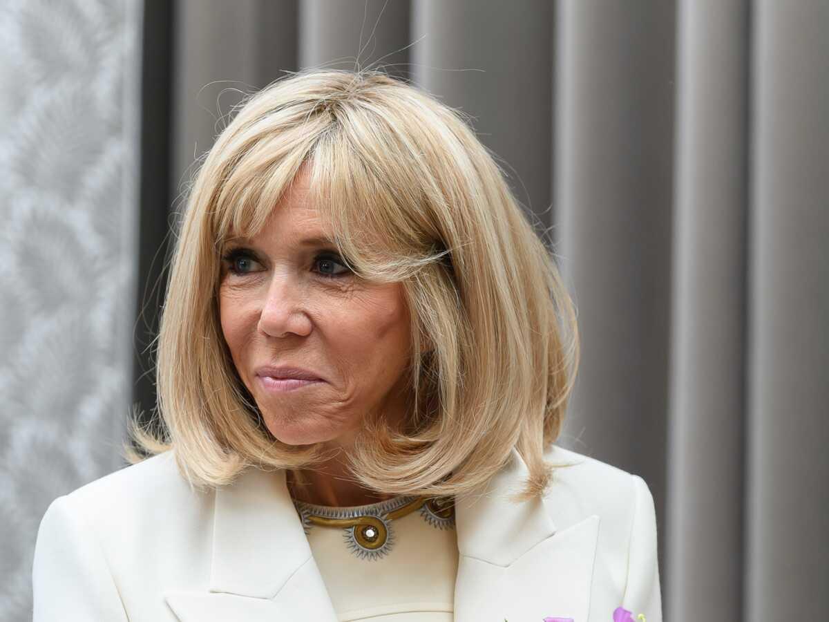 Brigitte Macron opérée : première sortie avec ses lunettes teintées après son intervention chirurgicale : Femme Actuelle Le MAG 2