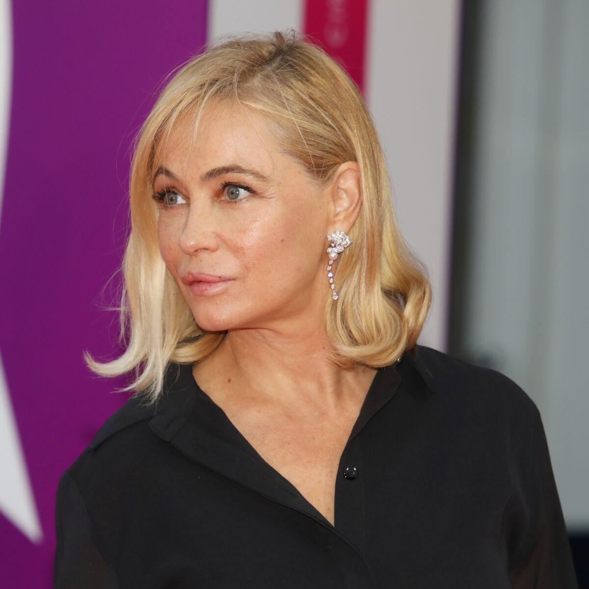 Emmanuelle Béart nue