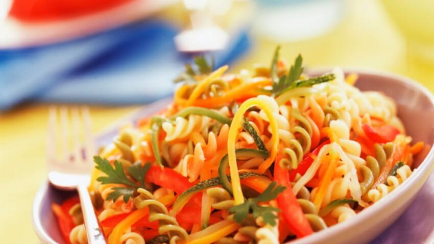 Cyril Lignac : ses délicieuses recettes de salades composées