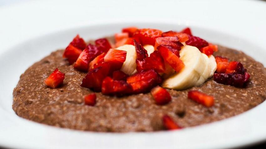 Porridge à la farine d'amande au cacao & fruits