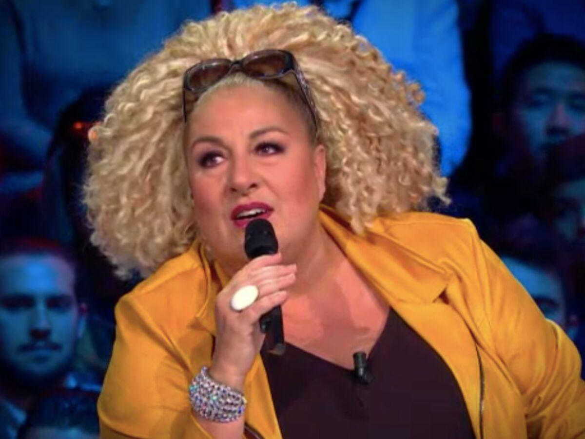 """""""Ça ne me fait pas bander"""" : Marianne James choque les internautes dans """"La France a un incroyable talent"""" : Femme Actuelle Le MAG 2"""