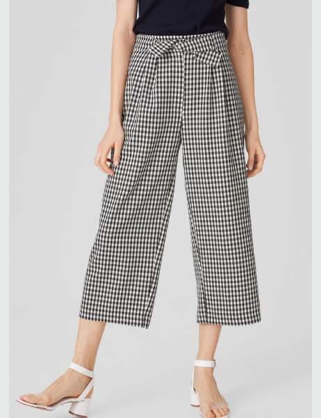 Mode 50 ans et plus : Un pantalon large imprimé