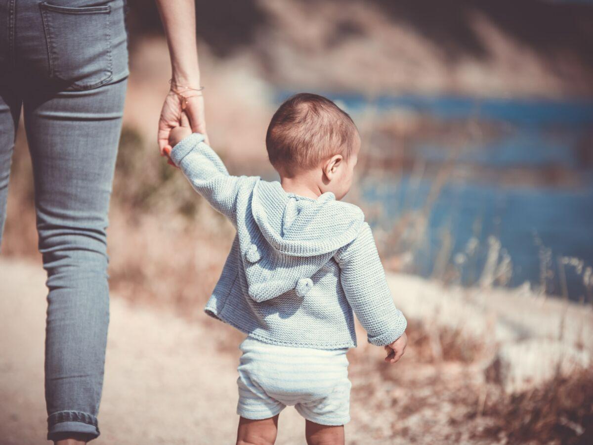 Comment habiller bébé : les règles à respecter en fonction de la saison : Femme Actuelle Le MAG 2