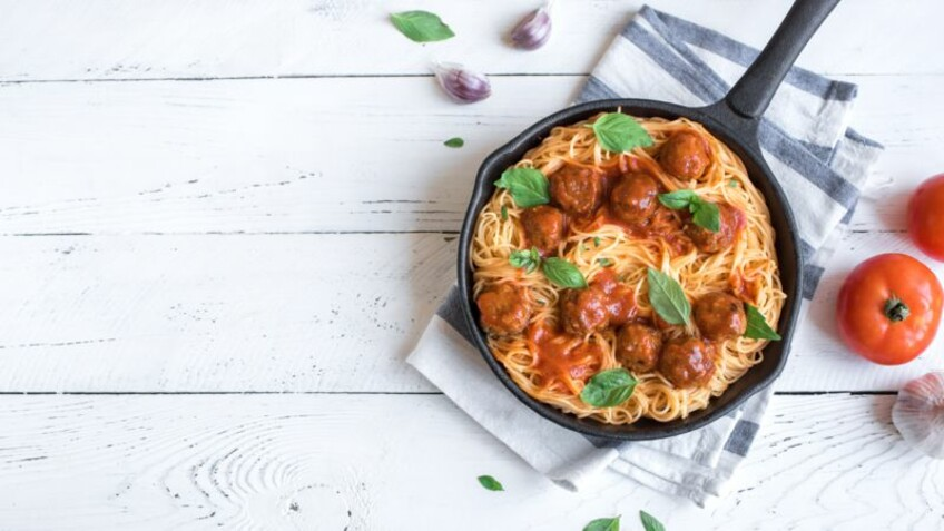 30 recettes de plats uniques de Cyril Lignac pour les grandes tablées